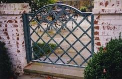 Iron-Outdoor-Garden-Gate-1024x678