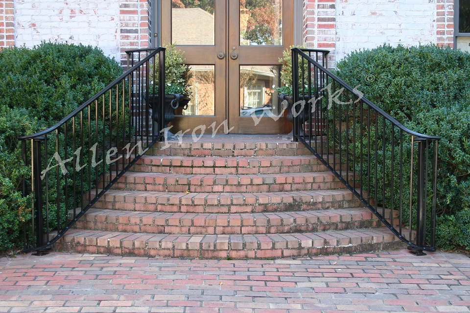 Traditional Iron Railing Birmingham AL with Laterals on the Lower Ends - The Traditional Laterals