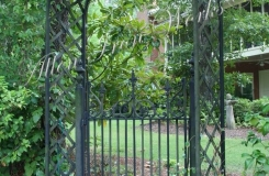 iron-savannah-garden-gate-birmingham-al