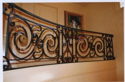hand-forged-iron-scrolls-on-interior-railing-birmingham-al
